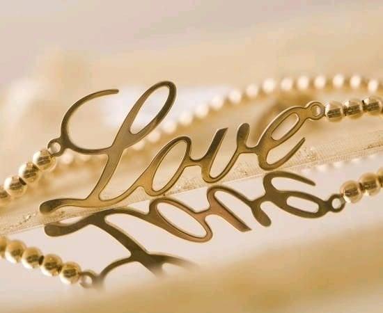 Love Gravo